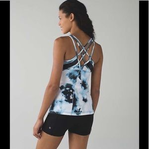 Lululemon Strap it Likes it Hot Tank
